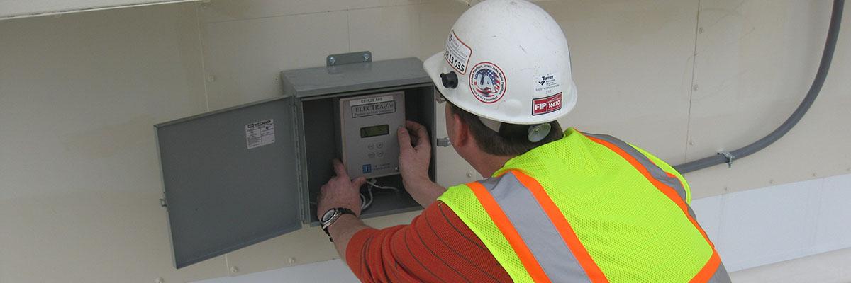 UConn Health L Bldg Electra-flo thermal air flow transmitter